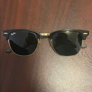 NWOT RAY BANS CLUBMASTERS